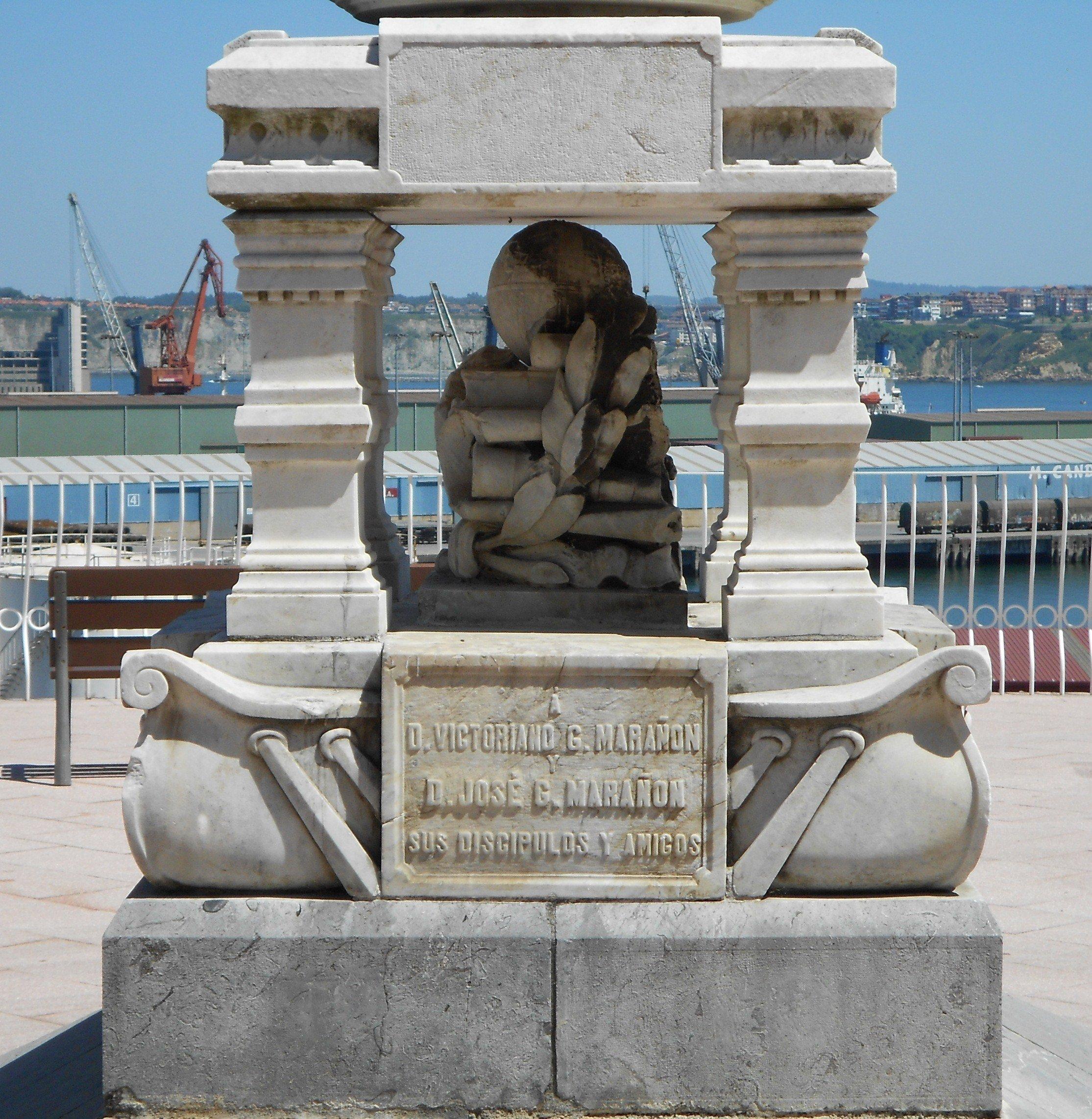 Monumento a los Hnos. Gómez-Marañón-14