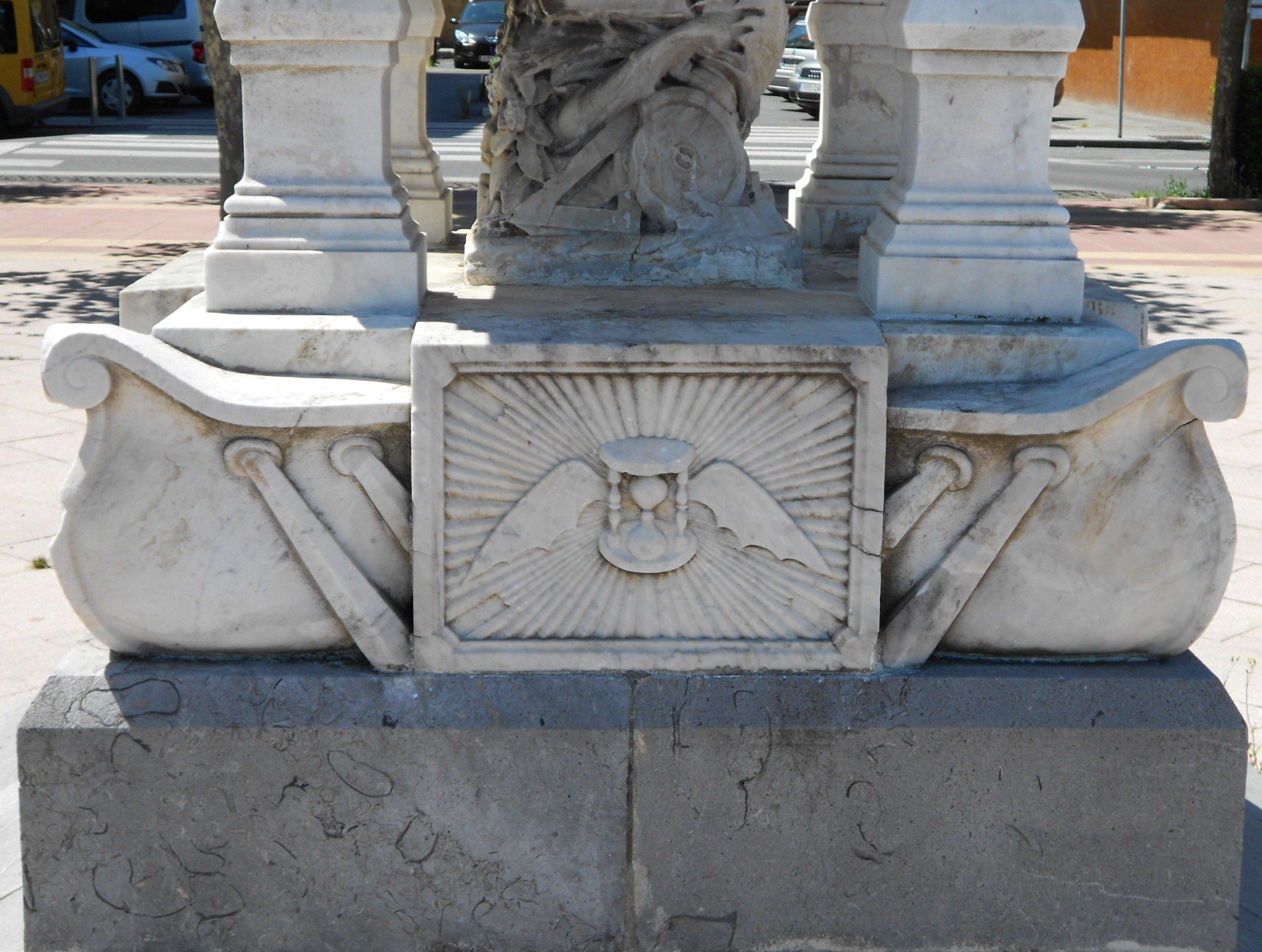 Monumento a los Hnos. Gómez-Marañón-16