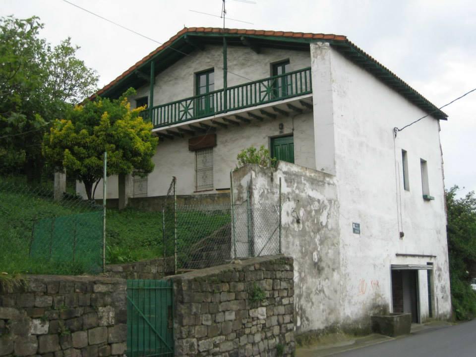 Caserio Familia Urrutia Cabanellas