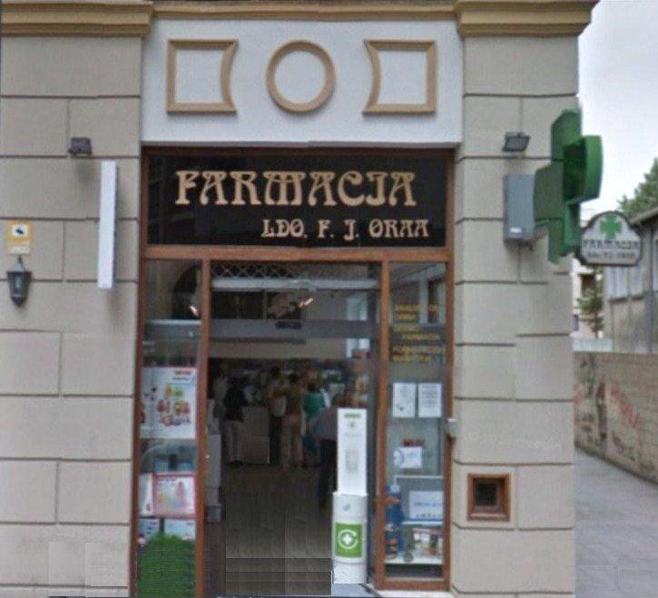 Fachada frontal Farmacia Oraá (antigua)