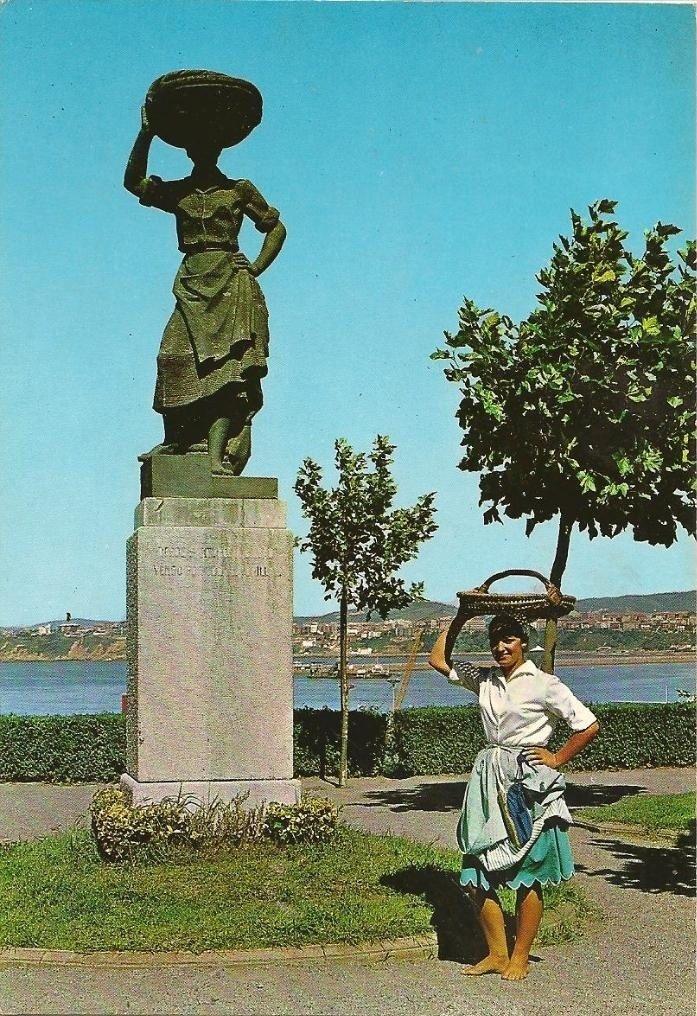 Monumento a la sardinera en Santurtzi-5 (1968)-6