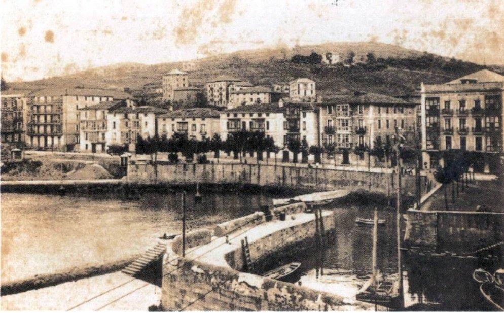 D4 (1906)