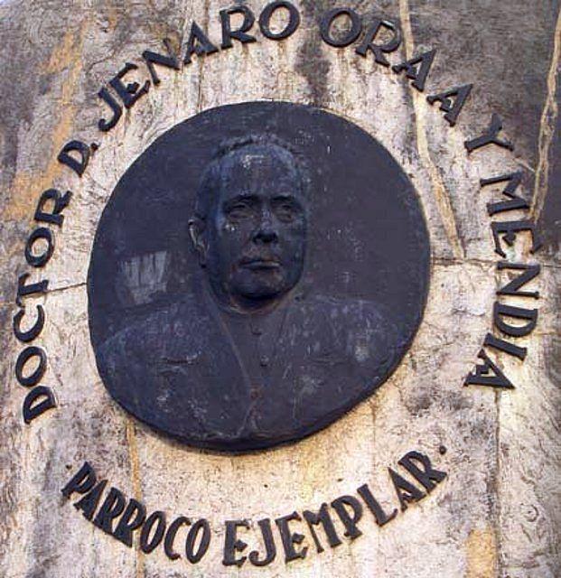 Personajes - Jenaro Oraá Mendia (medallón)