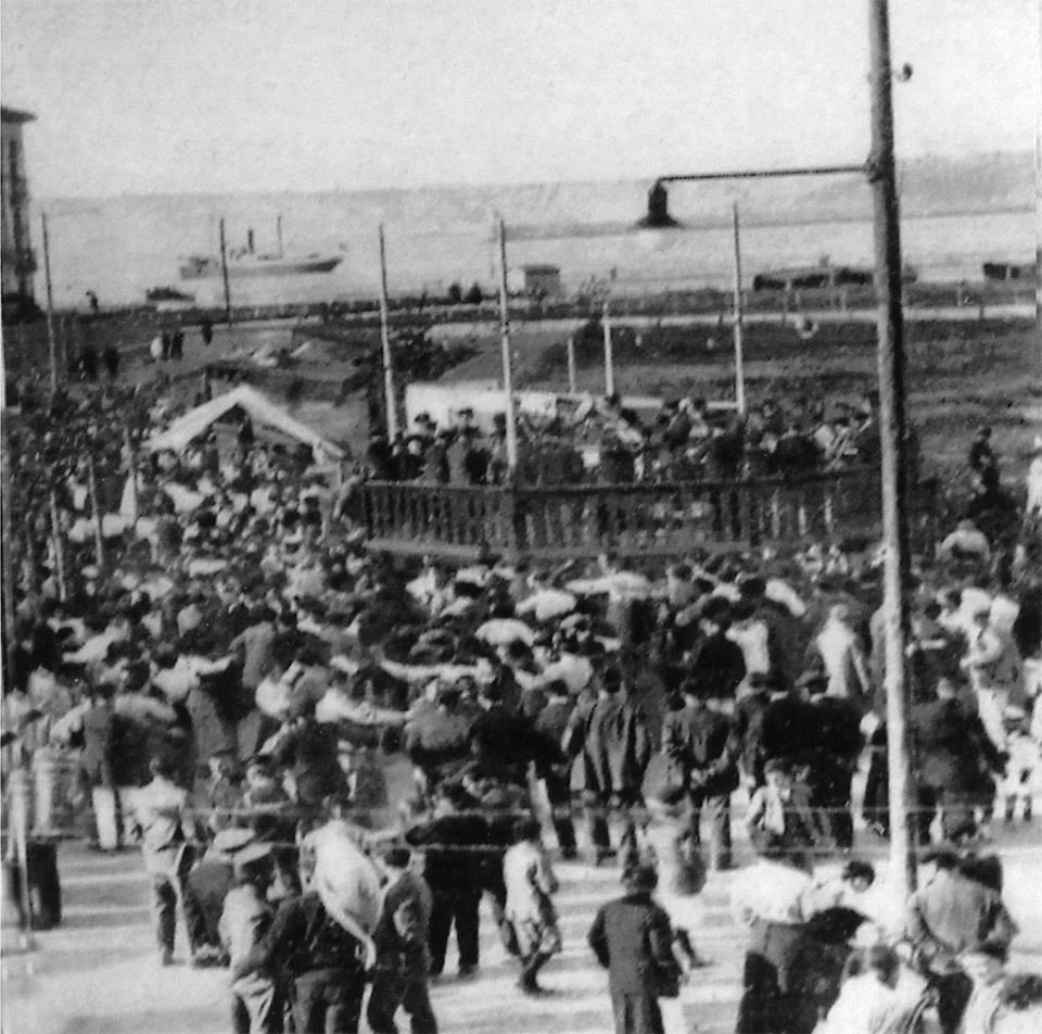 Romería en 1914 (el kiosko sin construir)